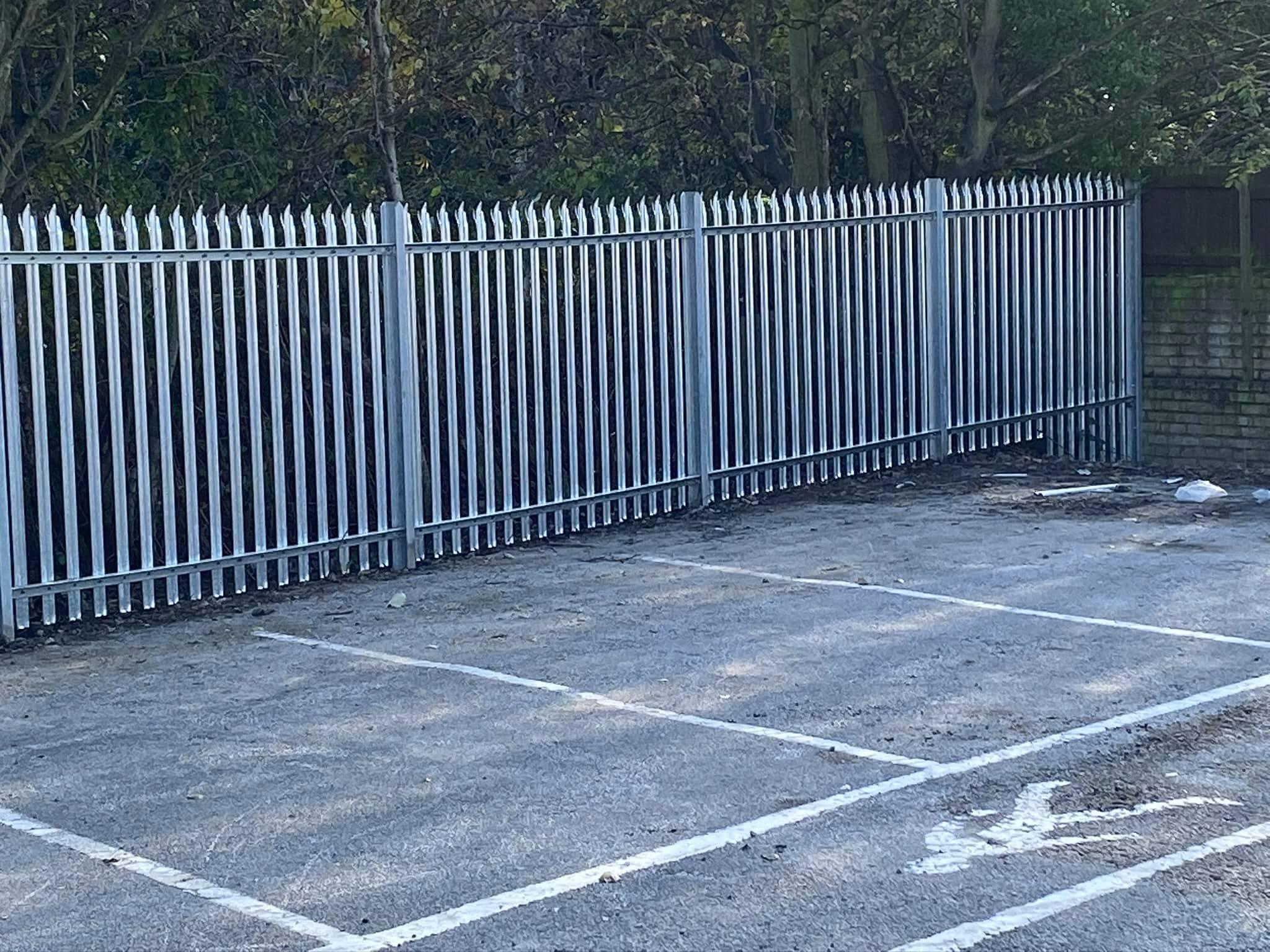 metal palisade fencing contractors